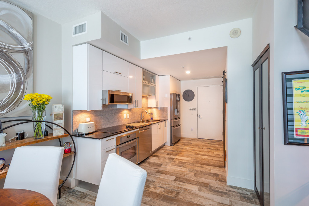 Fully Furnished and Equipped Duplex 1/1.5 at Infinity, Brickell. MONTHLY ONLY.