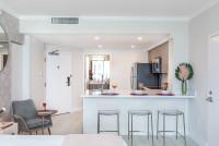 Studio with Kitchen, King + Futon twin