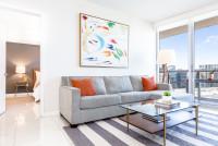 Newly Redesigned Apartment, 46th floor. Free Pool, SPA, Wi-Fi, Saunas. Brickell, Miami
