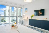 New Apartment in the Best area in Miami. Icon Brickell. Free SPA, Gym, Sauna, Wi-Fi, Smart TV