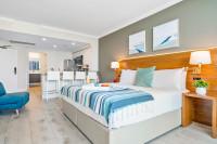 Luxury Studio at Hotel Arya, Coconut Grove, Miami