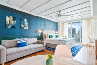 New Studio, Balcony, Lateral Ocean Views, Free Parking, Coconut Grove