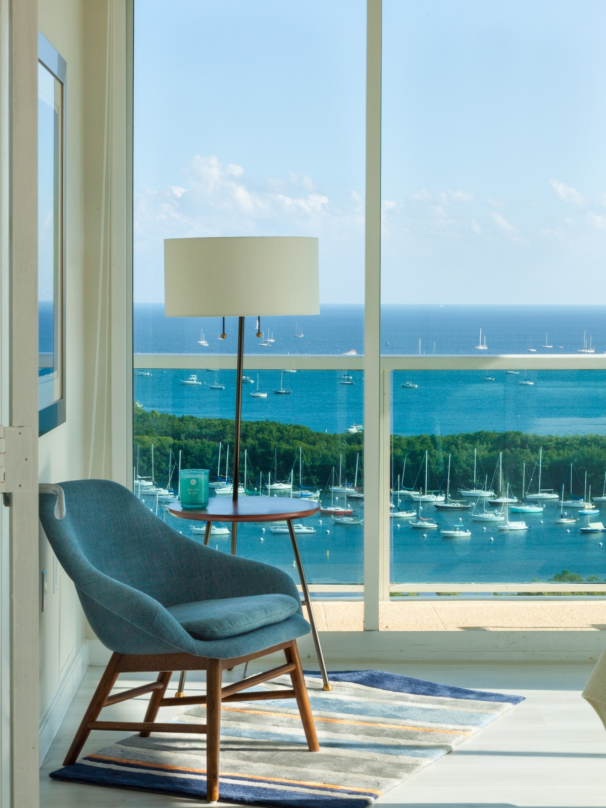 Ocean View from both sides, Pool, Hot Tub. Free Parking. Sonesta, Miami
