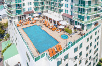 Remodeled Studio for 4, Balcony, Kitchenette. Free Pool & Parking. Arya, Miami