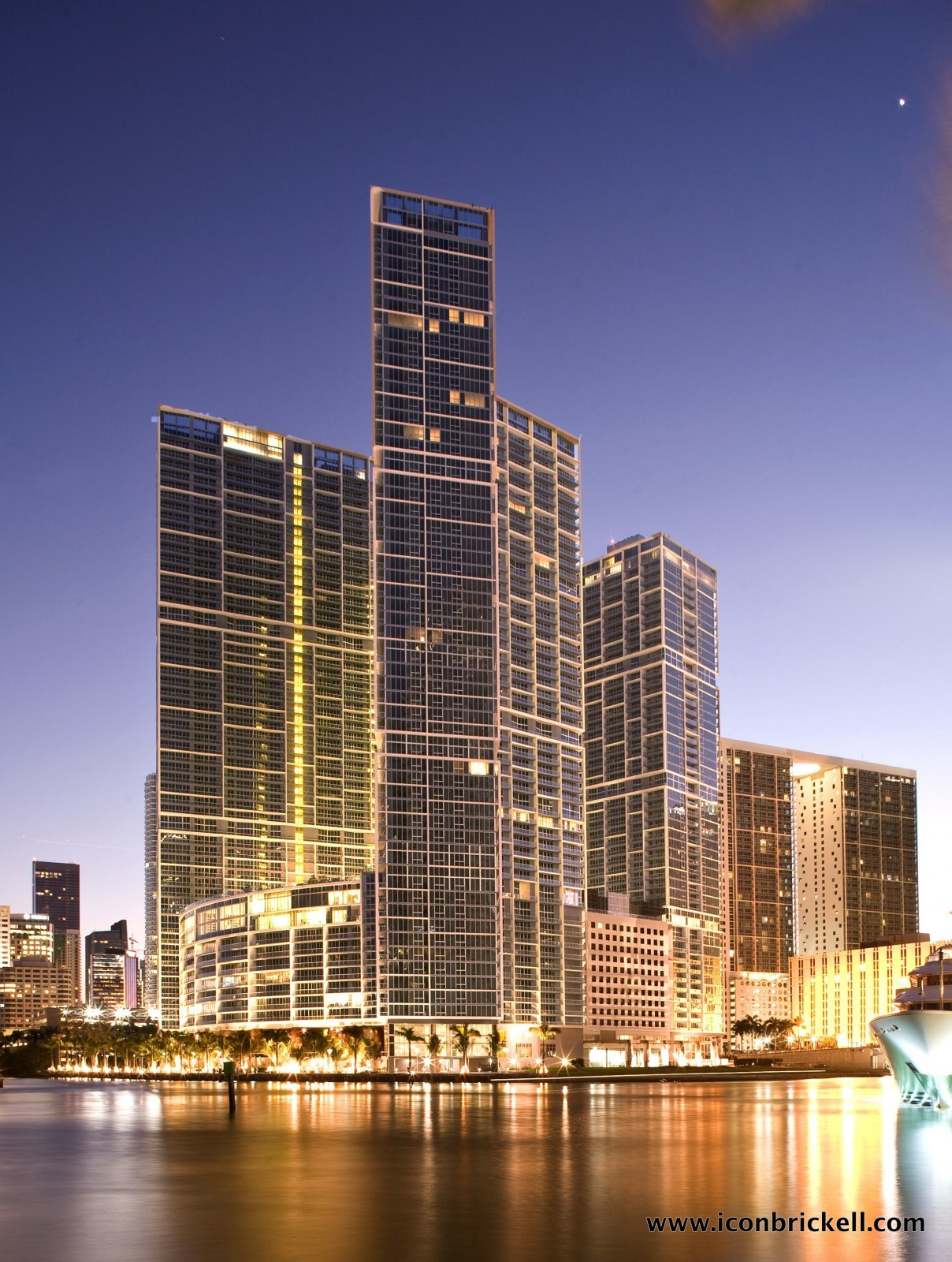 Font Ocean View, Corner 2/2 Apartment, Over W Hotel, Free Pool, SPA, Wi-Fi, Brickell, Miami